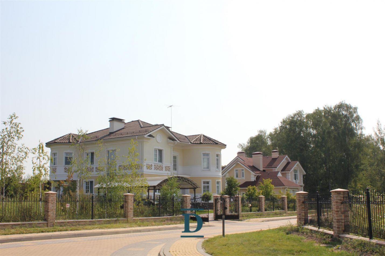 дом ID-364 в коттеджном посёлке Монтевиль фото-18