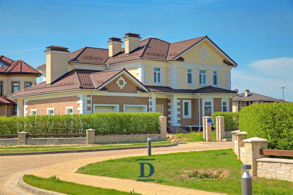 дом ID-16 в коттеджном посёлке Миллениум Парк фото-1